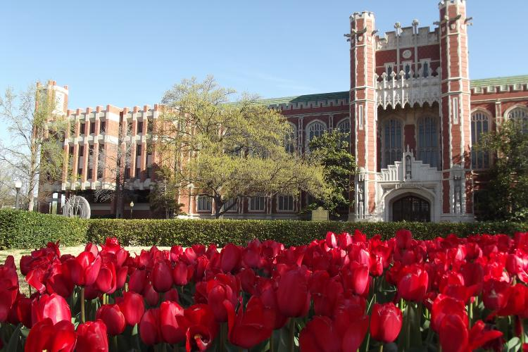 A photo of the Bizzell Memorial Library